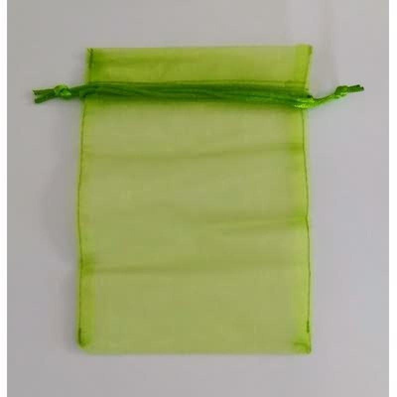 Bolsa tela verde m.7x10 cm.50 unid.